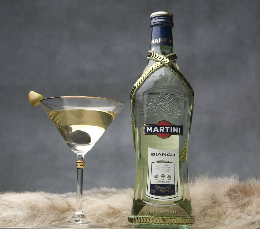 Как и с чем пьют вермут бьянко?