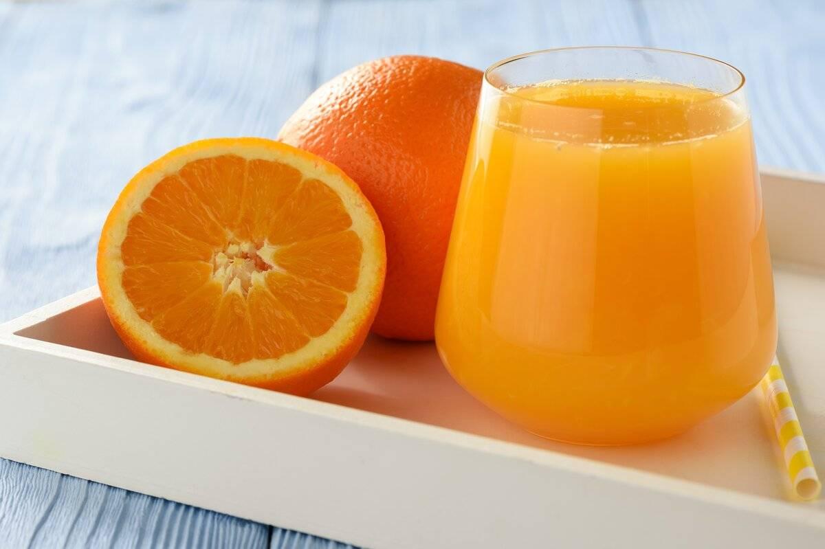 Польза и вред свежевыжатого апельсинового сока
