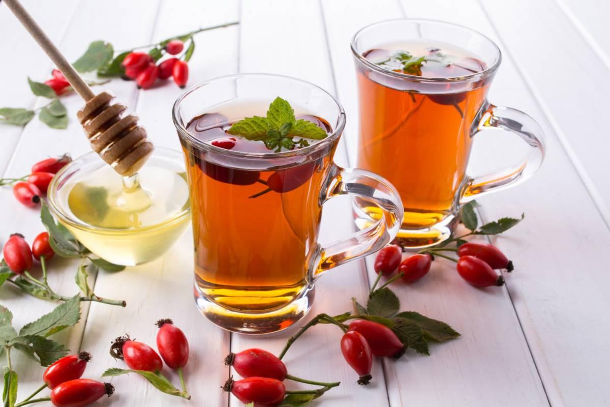 Чай с медом — чем полезен и в чем может быть вред
