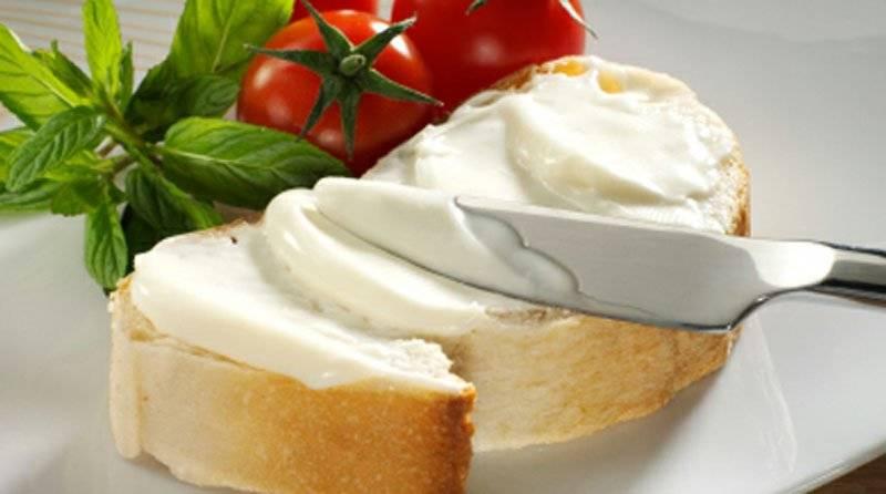 Плавленый сыр: вредная «химия» или нормальный продукт?