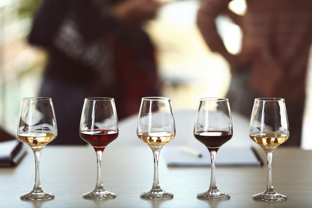 Чем закусывать алкоголь: комбинации, проверенные временем