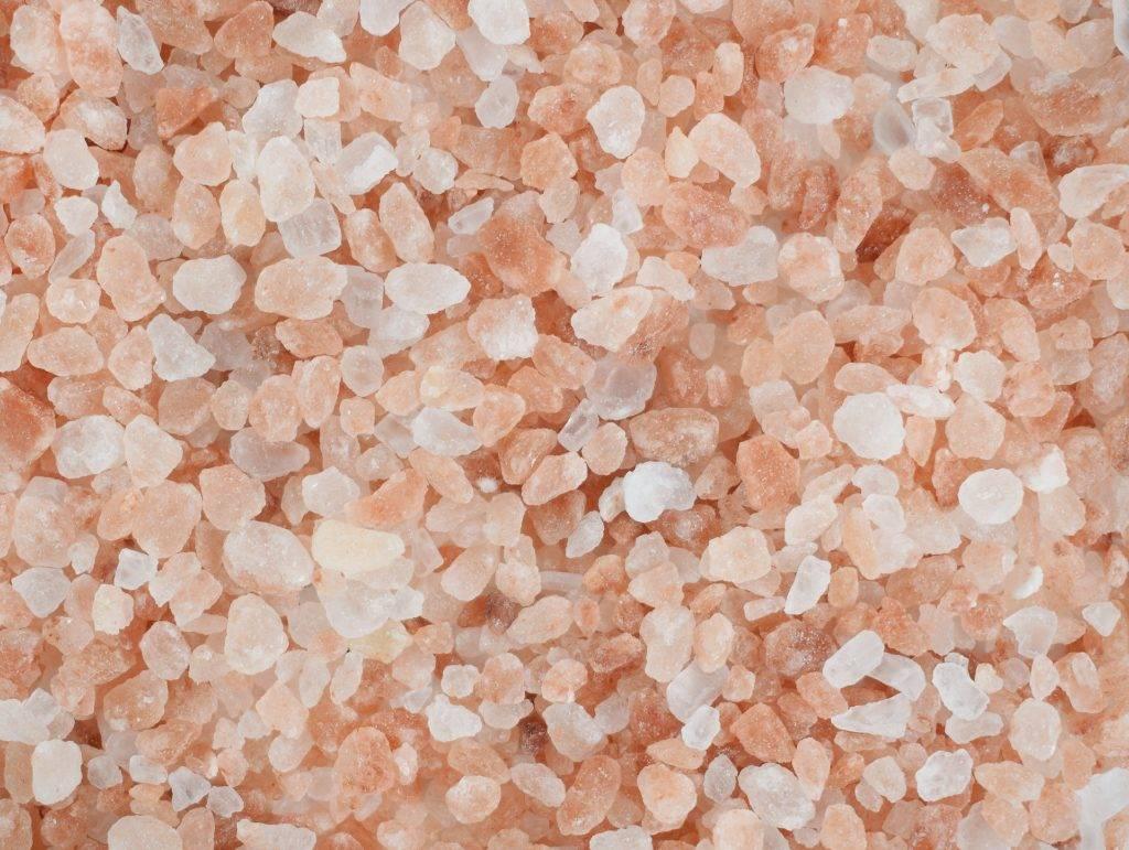 10 главных причин заменить вашу обычную соль на розовую гималайскую