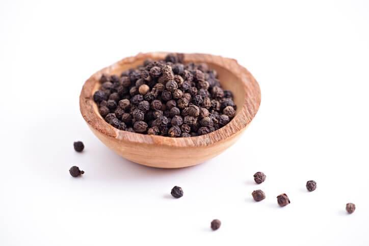 Перец горошек черный польза и вред