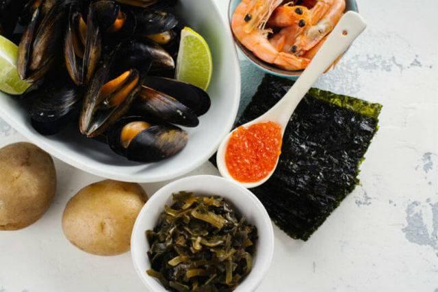 Рыба салака: польза и вред ее для человека, калорийность