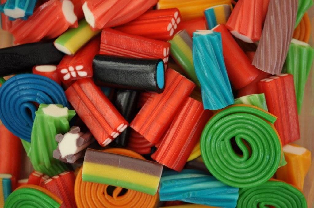 Лакричные конфеты польза. польза и вред лакрицы для организма. полезные свойства лакрицы