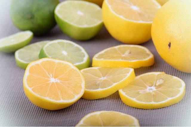Можно ли есть кожуру лимона?