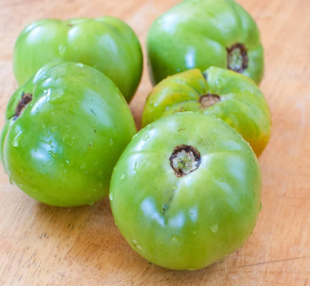 И соленье, и варенье — как превратить незрелый овощ в деликатес: все о пользе и вреде зеленых помидоров