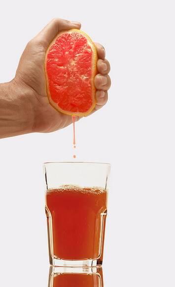 Польза и вред грейпфрутового сока для организма