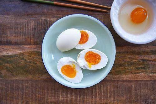 Уникальные свойства, польза и вред утиных яиц