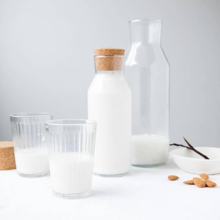 Полезно ли сухое молоко