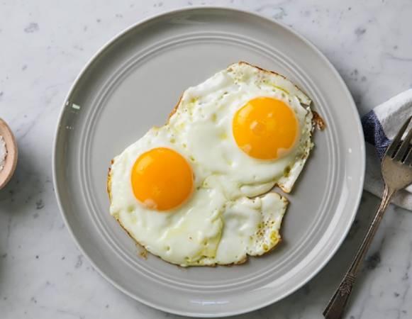 Яйца перед сном — польза и вред