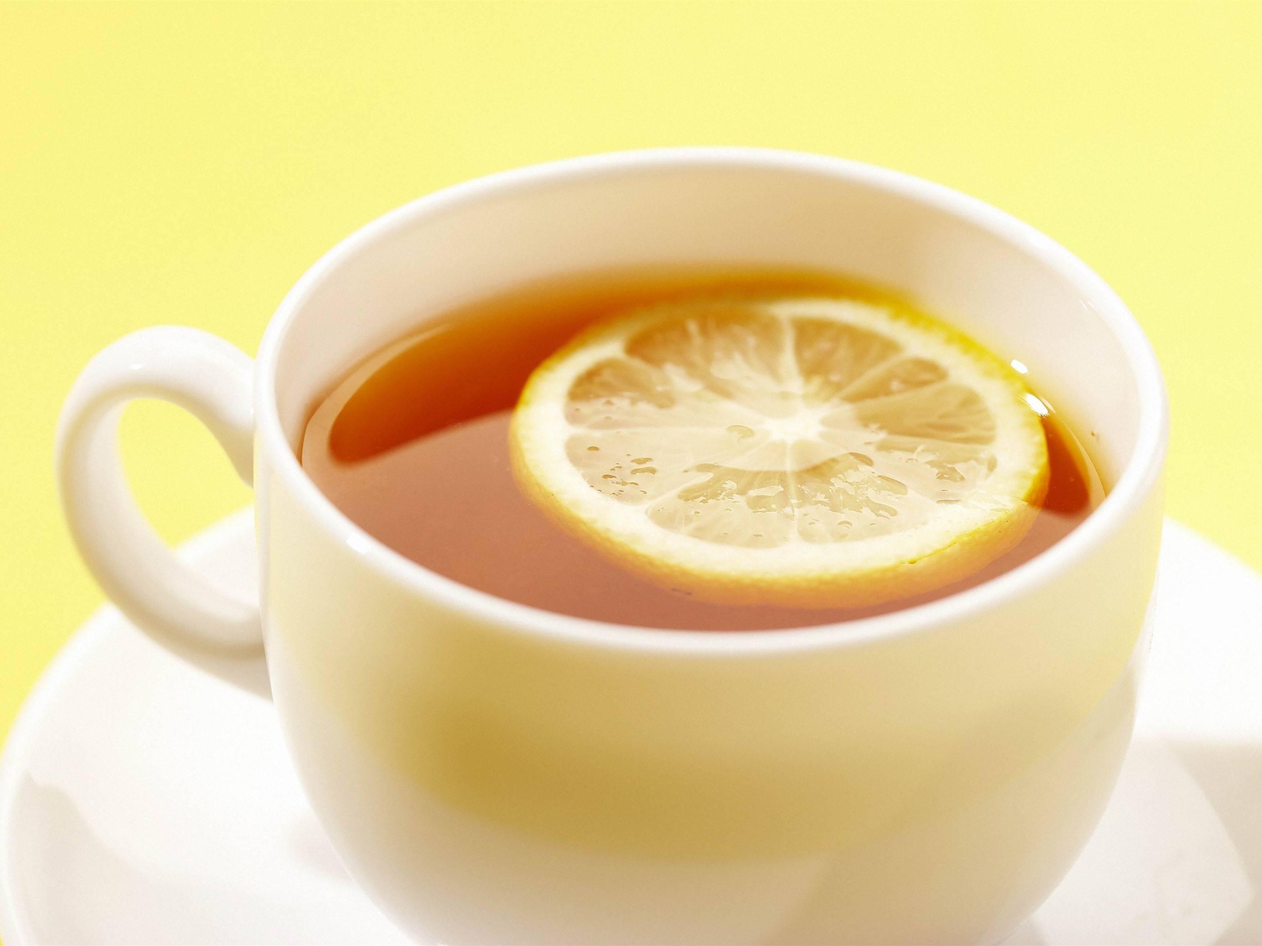 Чай с лимоном: польза и противопоказания