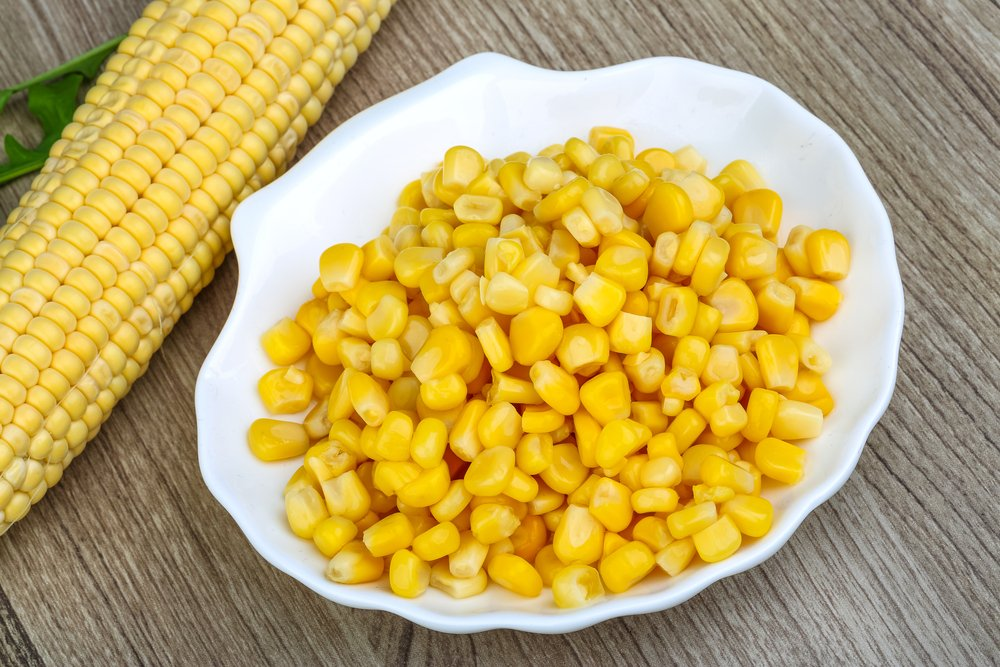 О пользе консервированной кукурузы и ее составе. как правильно выбрать продукт и может ли принести вред консервированная кукуруза