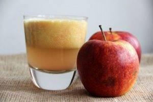 Какие яблоки можно кормящей маме на гв
