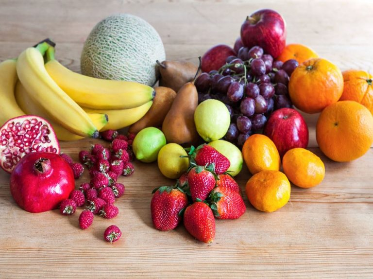 Какие продукты полезны для десен и зубов