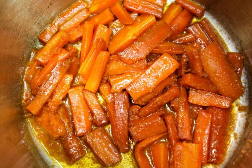 Салат из свеклы и моркови - 98 домашних вкусных рецептов приготовления