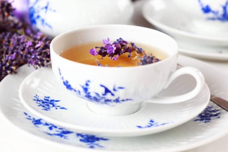 Чай с лавандой — полезные свойства и рецепты ароматного напитка