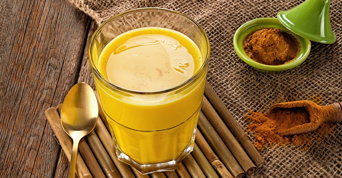 Молоко с куркумой: польза и вред золотого напитка