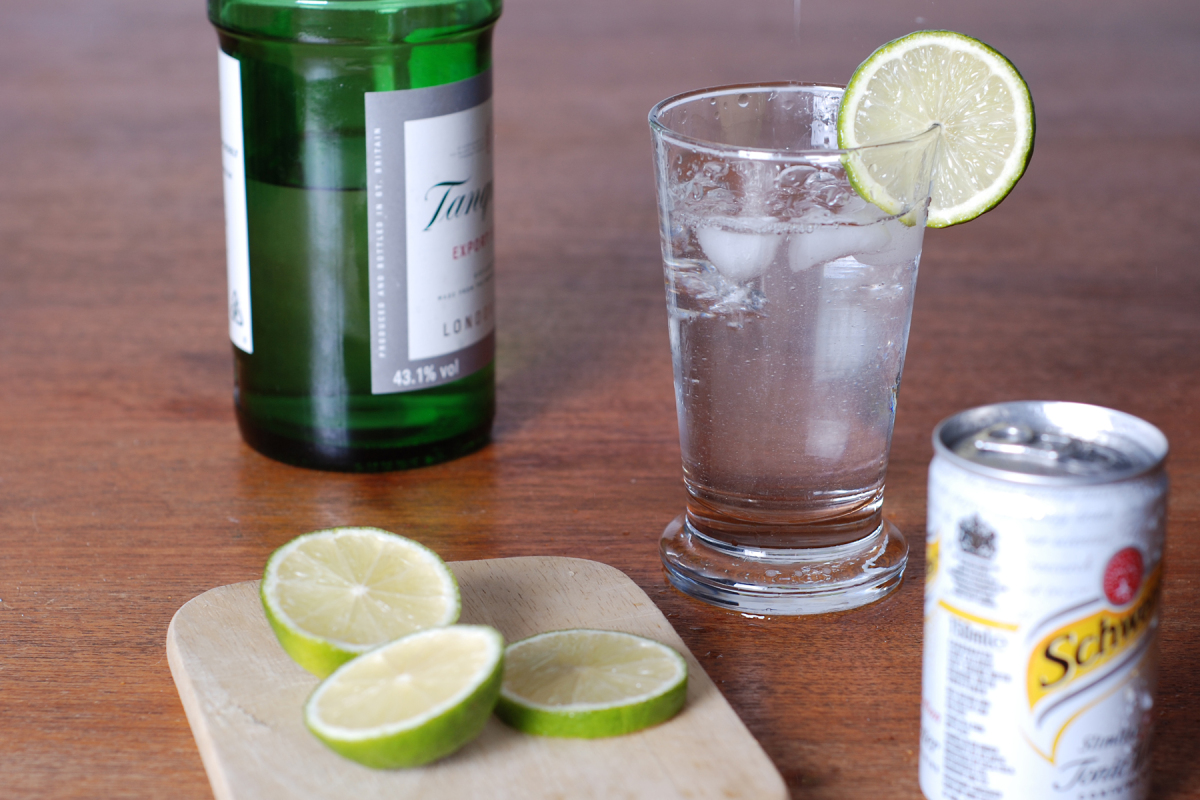 Как правильно и с чем пить джин: топ-10 советов