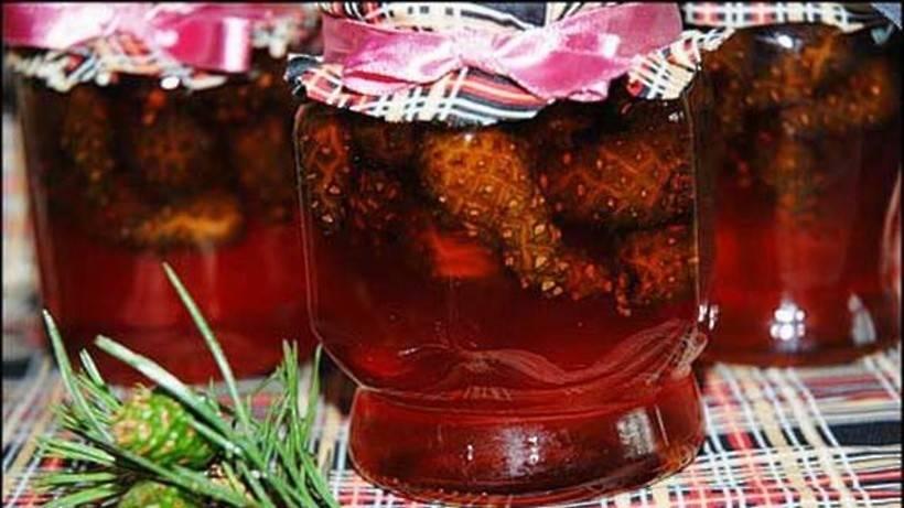 Варенье из сосновых или еловых шишек
