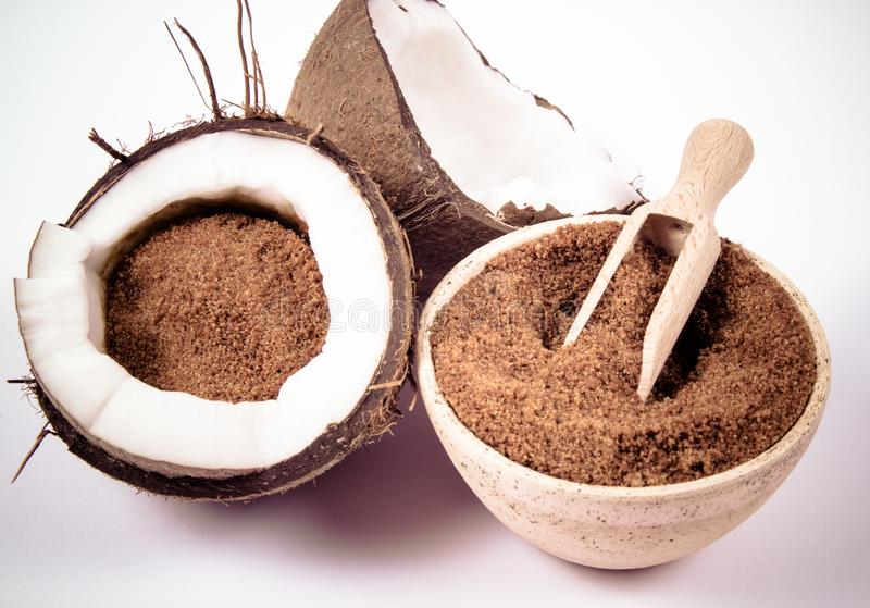 Кокосовый сахар, в чем его польза и вред