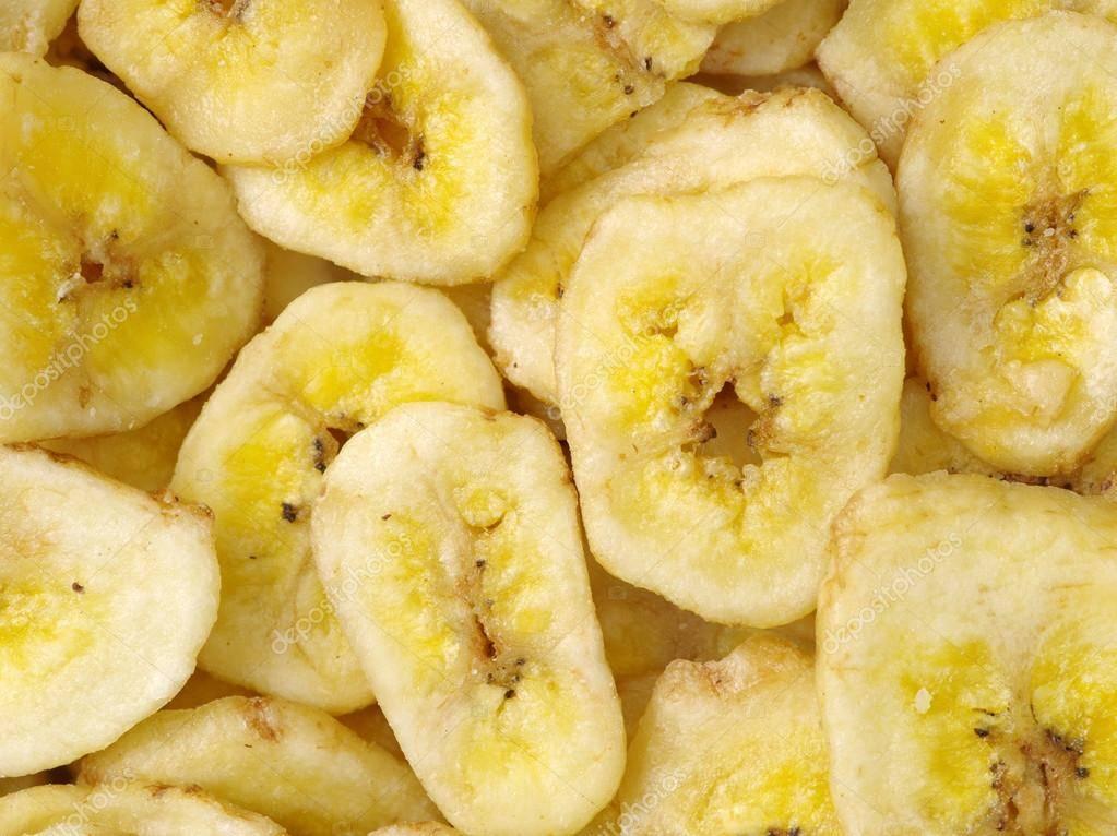 Чем полезны сушеные бананы для организма и может ли, помимо пользы, быть вред от их употребления?