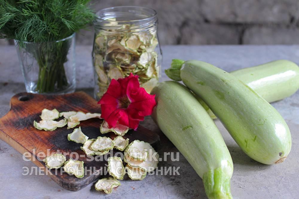 Замачивание семян перед посадкой – нужно ли кабачкам и как сделать это правильно