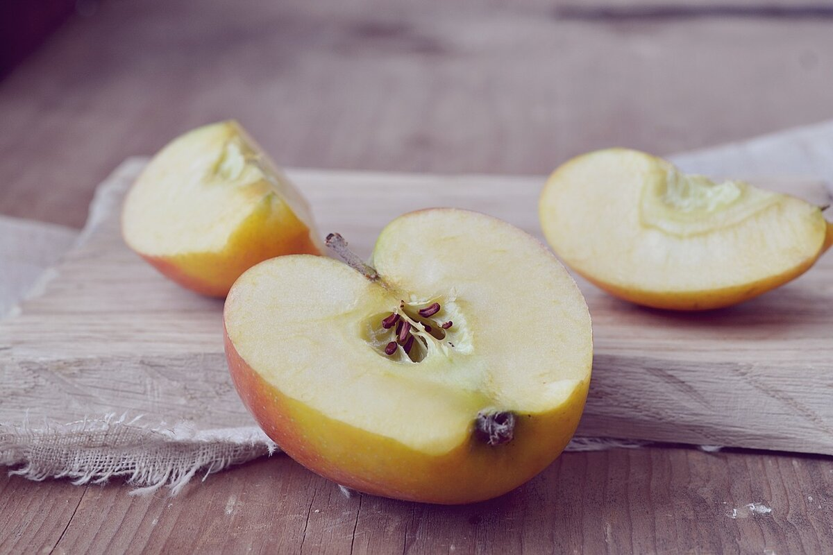 Косточки от яблок — польза и вред