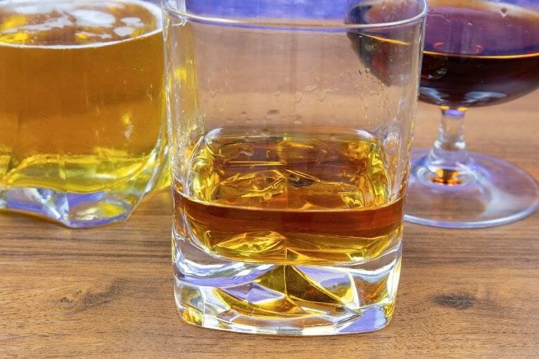 Как пить и чем закусывать кальвадос?