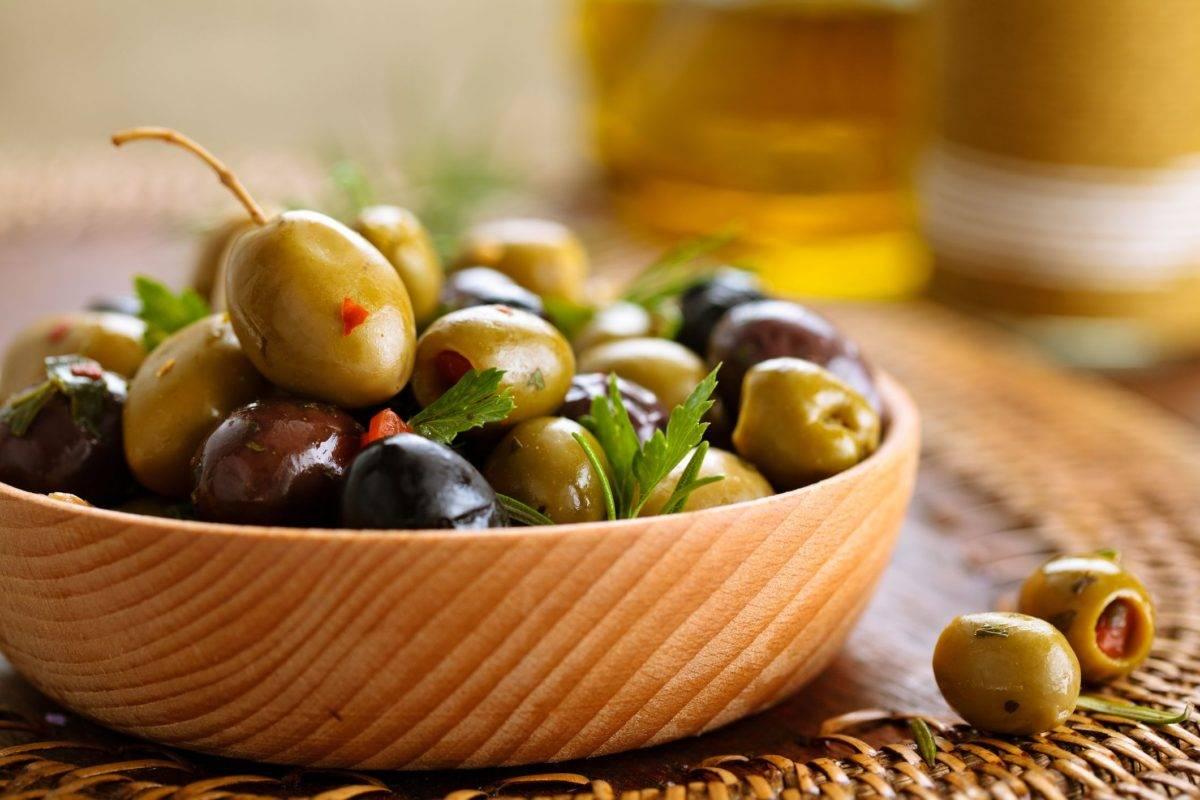 Оливки: польза и возможный вред для организма