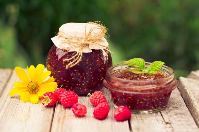 Малиновое варенье при простуде – применение и польза