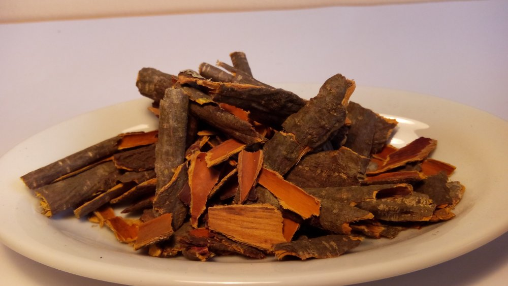 Чай, настойки и отвары из коры крушины