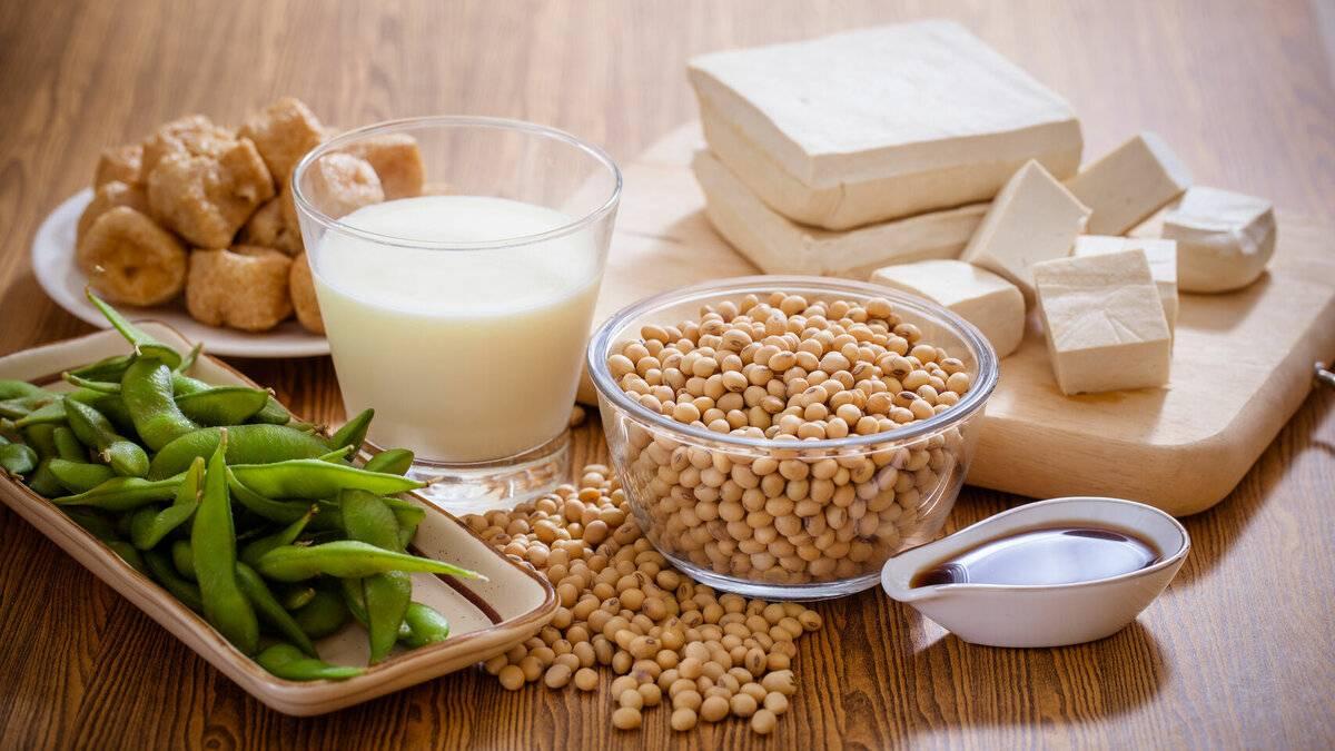 Чем полезно соевое молоко