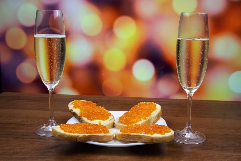 Правила этикета при подаче шампанского, рецепты закусок